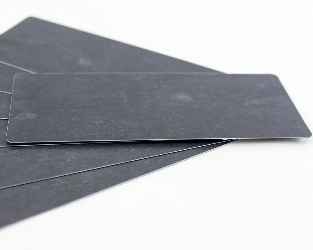 Plastikkarten, 140 x 50 x 0,50 mm, Schieferoptik, 100 Karten pro Pack