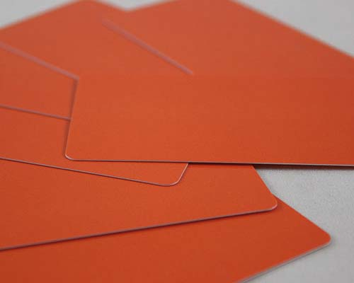 Plastikkarten, 86 x 50 x 0,50 mm, orange, 100 Karten pro Pack