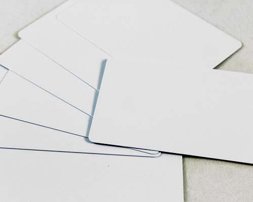 Plastikkarten, 86 x 54 x 0,50 mm, weiß, 100 Karten pro Pack